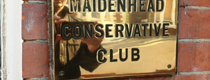 Maidenhead Conservative Social Club is one of Orte, die Carl gefallen.