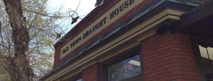 Old Town Draught House is one of Lieux qui ont plu à Jordan.