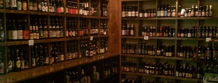 Vintner Wine Market is one of Lugares guardados de Alex.