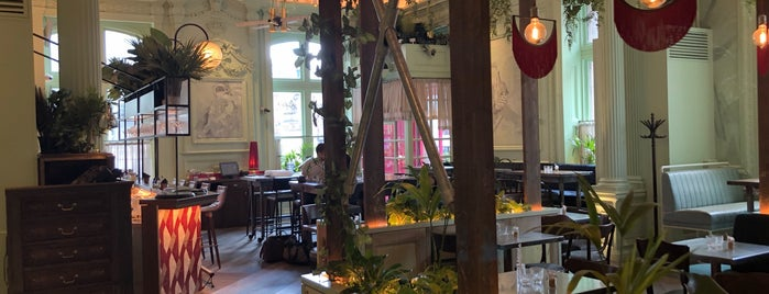 Rake's Cafe Bar is one of Posh Remote Working.