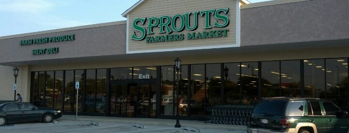 Sprouts Farmers Market is one of Lieux qui ont plu à Jennifer.