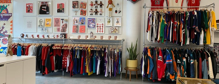 Laundry Vintage Sportswear is one of PDX.