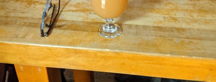 BeerShop is one of Oak Park.