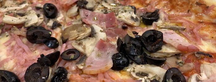 Pizzería 2 Amigos is one of # inminente.