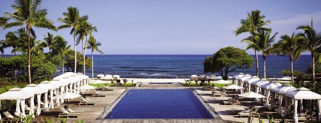 Four Seasons Resort Hualalai at Historic Ka`upulehu is one of Rachel'in Kaydettiği Mekanlar.