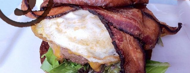 26 Beach Cafe is one of These are the 5 best burgers in LA.
