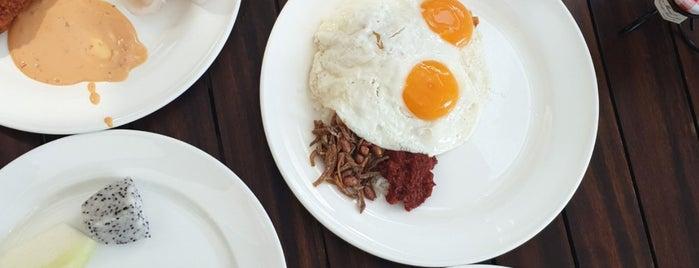 Kwee Zeen is one of Veggie choices in Non-Vegetarian Restaurants.