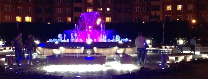 Площадь Часов is one of สถานที่ที่ Антон ถูกใจ.