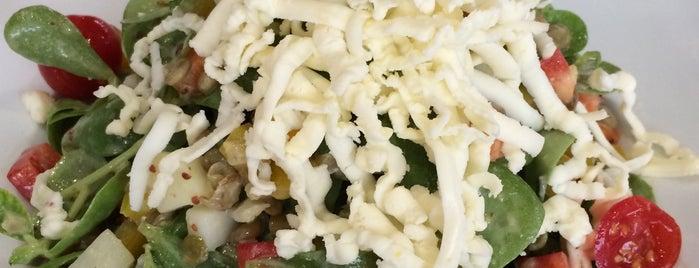 Gourmet Garage Sandwich & More is one of Lugares favoritos de Ozgur.