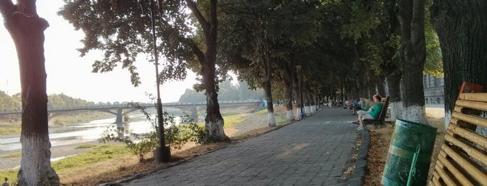 Набережна Незалежності / Independence Embankment is one of Ужгород.