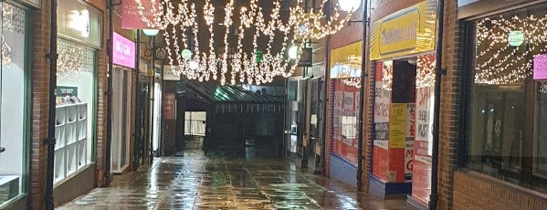 Coppergate Shopping Centre is one of York.