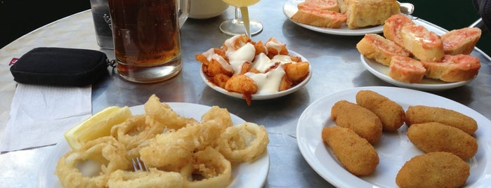 Bar Mandri is one of Barcelona Bravas by @joando.