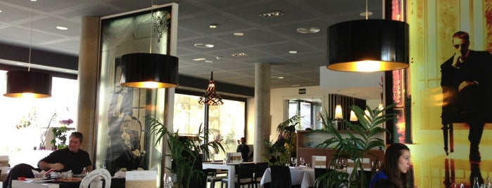 Restaurante La Mafia is one of Favoritos.