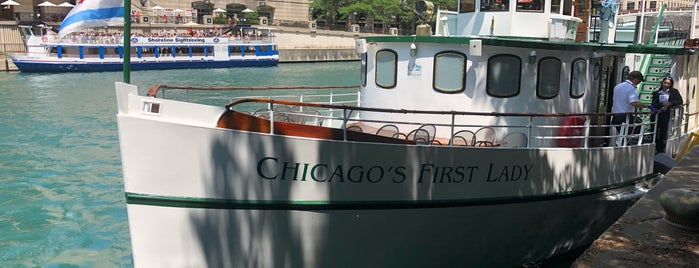 Chicago's First Lady is one of Friends' Favs.