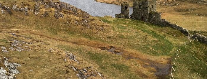 Three Castle Head is one of Lugares favoritos de Dan.
