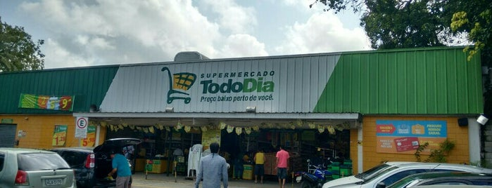supermercado todo dia is one of Meus lugares.