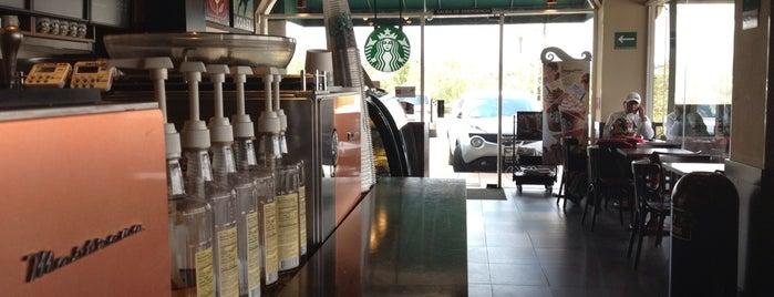 Starbucks is one of Posti che sono piaciuti a Pierre.