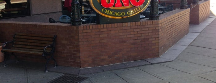 Uno Pizzeria & Grill - White Plains is one of Prohibition.