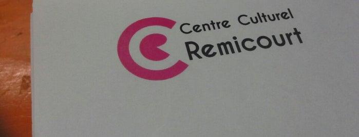 Centre Culturel Momalle is one of Posti che sono piaciuti a Selmin.