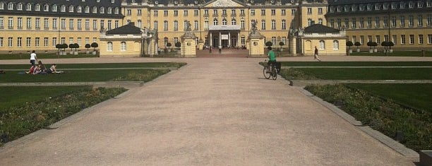 Schloss Karlsruhe is one of Danさんのお気に入りスポット.