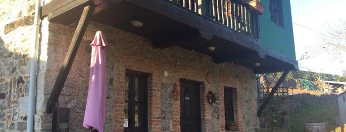 La Calenda is one of Restaurantes a los que vuelvo  y volveré.