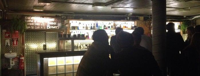 Knox Street Bar is one of Sydney bucket list bars.