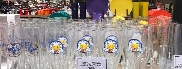 Camicado is one of Locais curtidos por Larissa.
