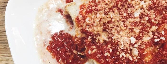 Adamo's Pasta is one of Posti che sono piaciuti a Michael.