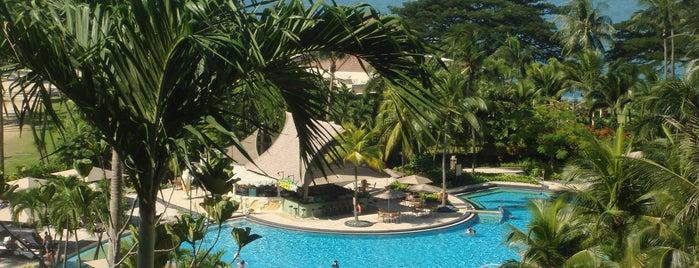 Shangri-La's Rasa Sentosa Resort & Spa is one of Lugares favoritos de papecco2017.
