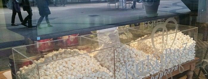 KuKuRuZa Popcorn 三井アウトレットパーク入間店 is one of papecco2017'un Beğendiği Mekanlar.