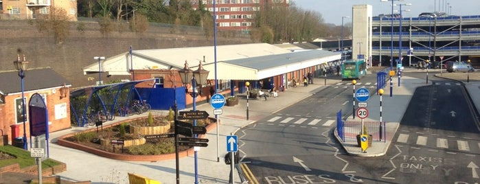 High Wycombe Railway Station (HWY) is one of Awesome UK.