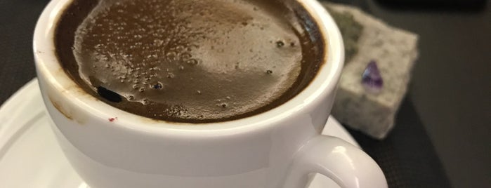 Магия кофе is one of สถานที่ที่ Vlad ถูกใจ.