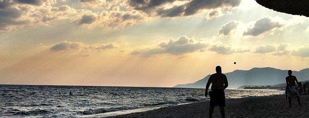 Beach Bar Bousoulas is one of Alexandrapouli.