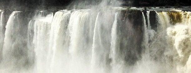 Garganta del Diablo is one of Foz do Iguaçu.