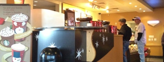 Starbucks is one of Ryan : понравившиеся места.