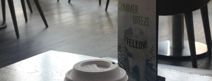 Coffee Fellows is one of PolvitoMorado : понравившиеся места.