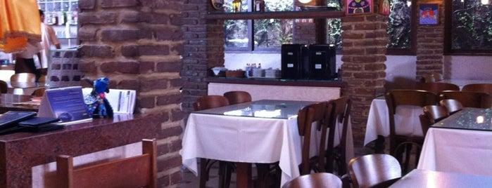 Boi Bumbar Restaurante is one of Tempat yang Disukai Mariana.