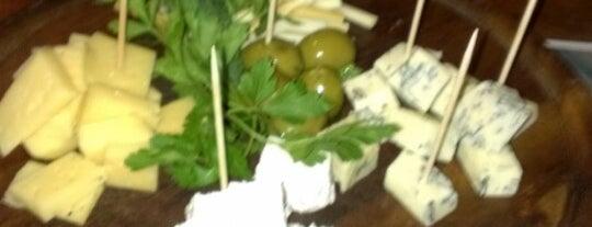 Погребок / Pogrebok is one of Вкусная еда за вменяемые деньги.