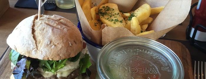 JILLES Beer & Burgers is one of Oostende.