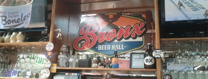 The Bronx Beer Hall is one of Locais salvos de Moses.