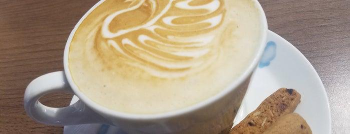 Hope Star Coffee & Cates is one of Locais curtidos por Erik.