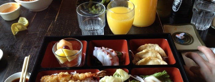Barracuda Sushi is one of SF Bottomless Brunches.