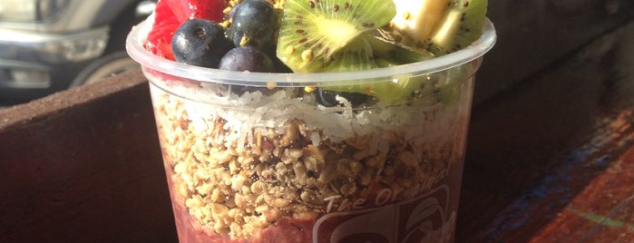 Banzai Bowls is one of Healthy.