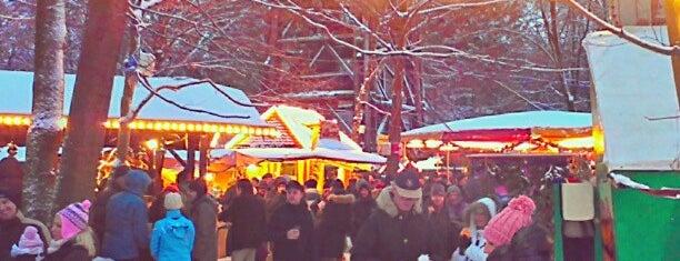 Sachsenhäuser Weihnachtsmarkt is one of Best of Frankfurt am Main.