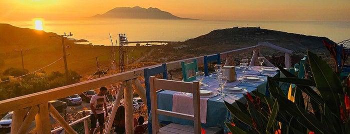 Dimitri Ada Evi & Restaurant is one of Murat'ın Beğendiği Mekanlar.