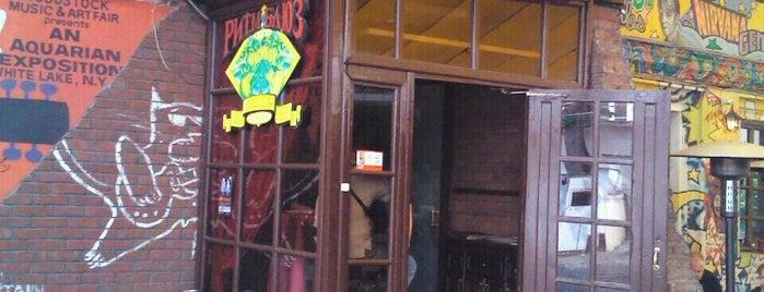 Ритм & Блюз Кафе is one of Мусикиа.