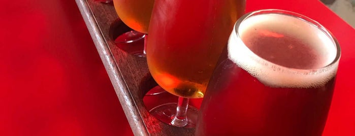 ParrotDog Brewery is one of สถานที่ที่ Cusp25 ถูกใจ.