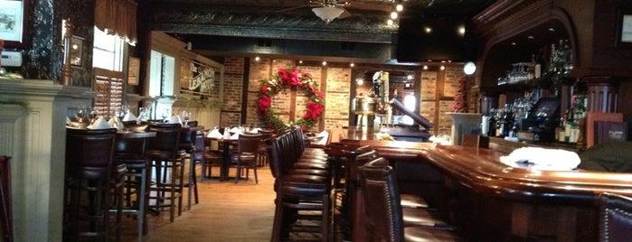 Fox & Hound Tavern at The Lebanon Hotel is one of Michael'in Beğendiği Mekanlar.