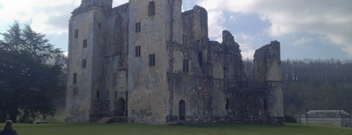 Old Wardour Castle is one of Orte, die Carl gefallen.
