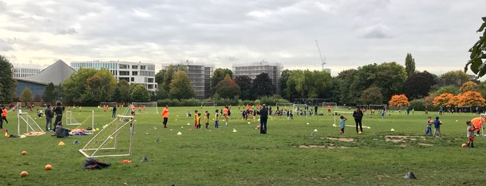 Holland Park Sports Field is one of London.